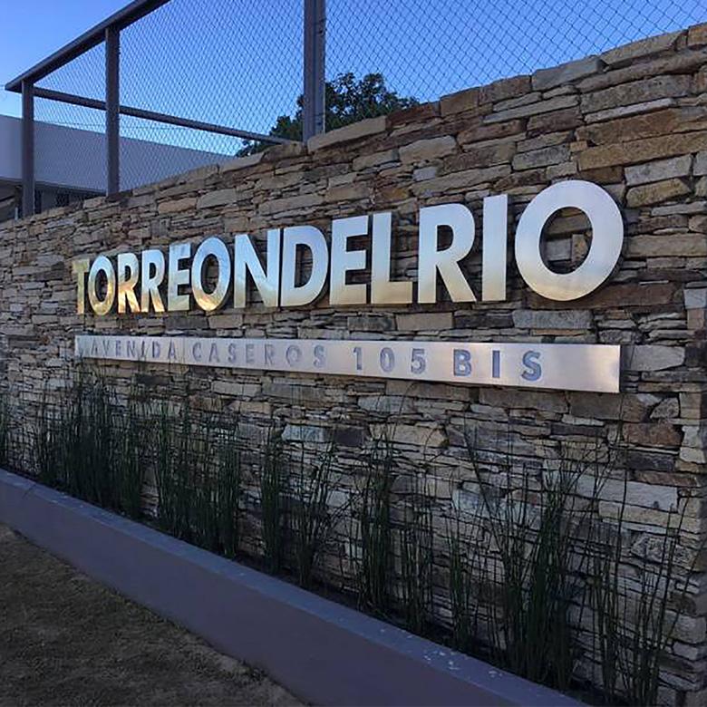 Torreón del Río - Av. Caseros 105