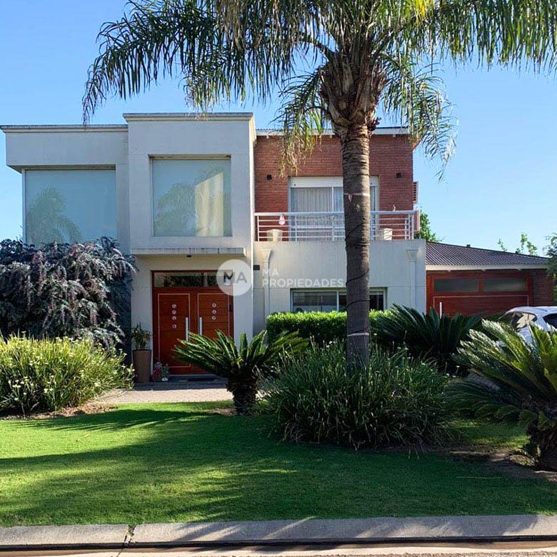 Funes Hills - Cadaques casa de  3 dormitorios